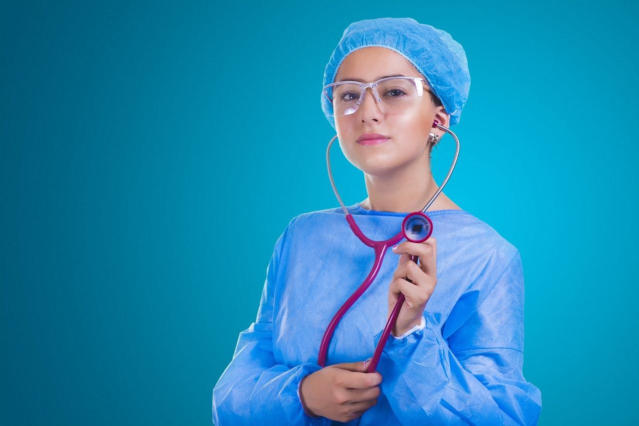 Photo of Recrutement de plus de 400 infirmières et infirmiers de France au Québec en 2019